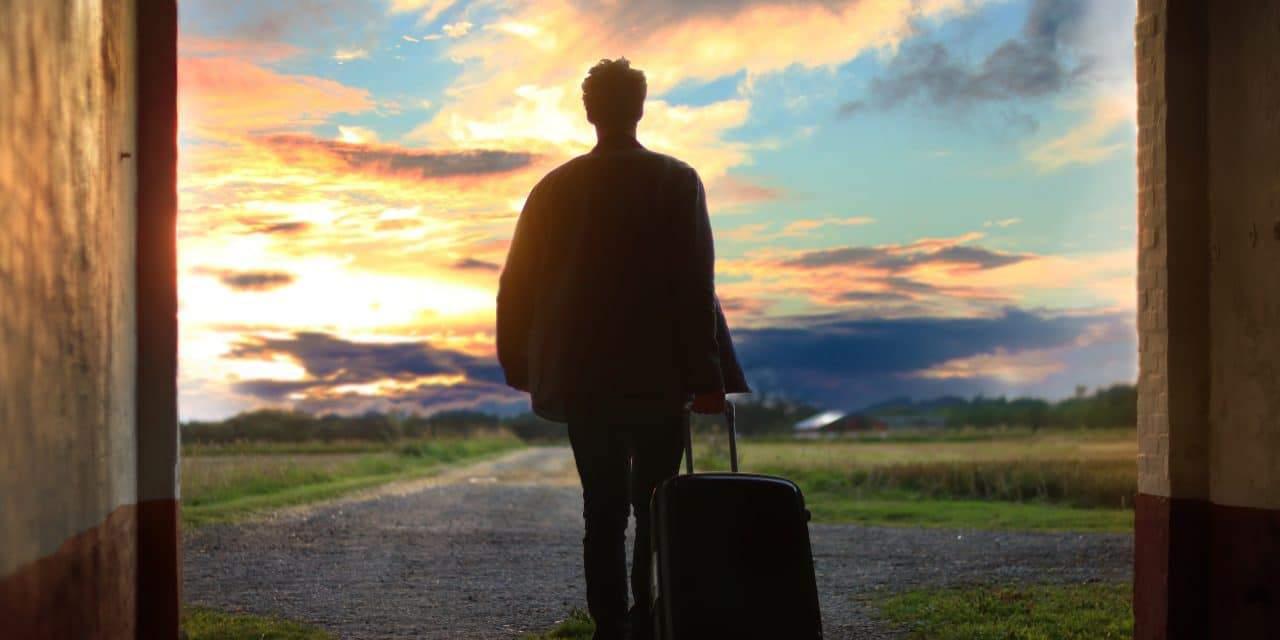 The Best Travel Hacks, Tools & Resources For Digital Nomads